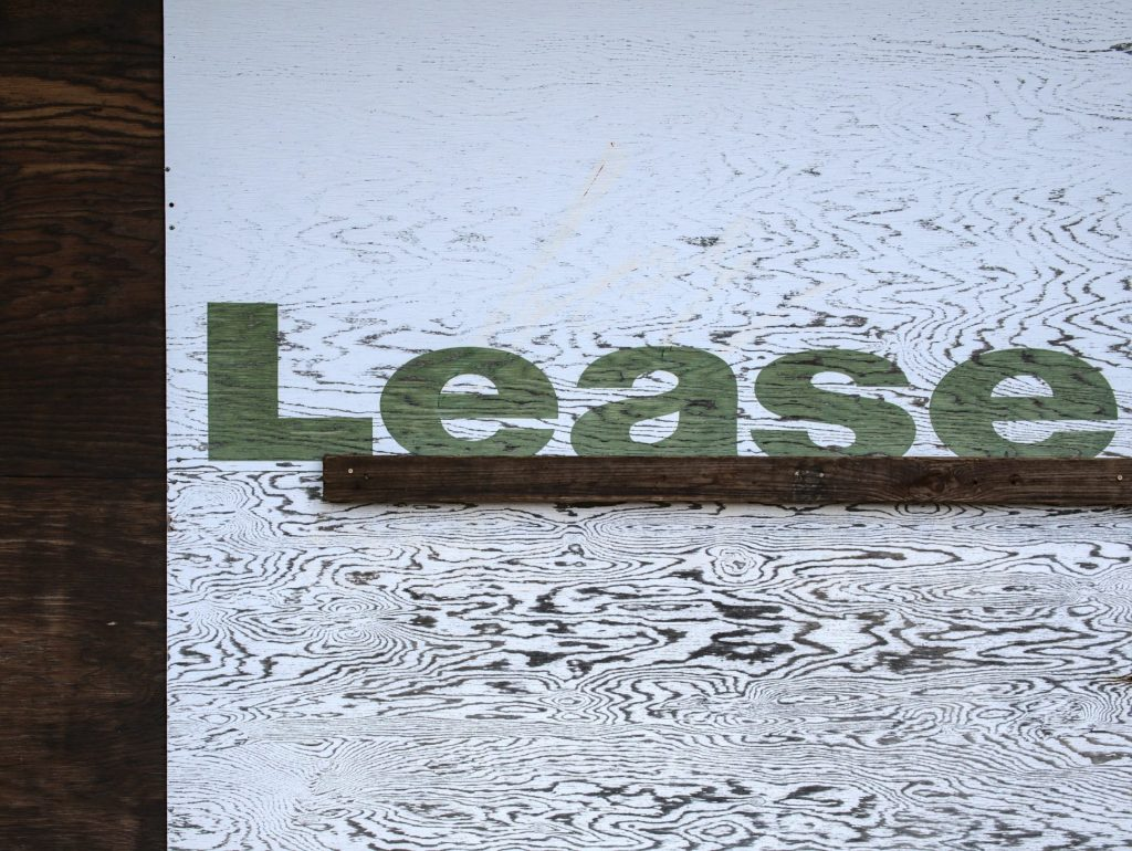 lease or finance a car